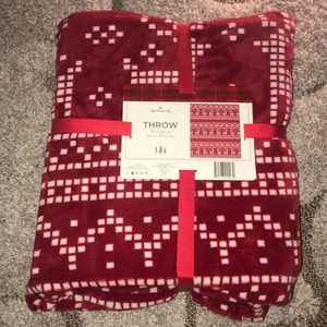 Hallmark Plush Red Throw Blanket - Brand New
